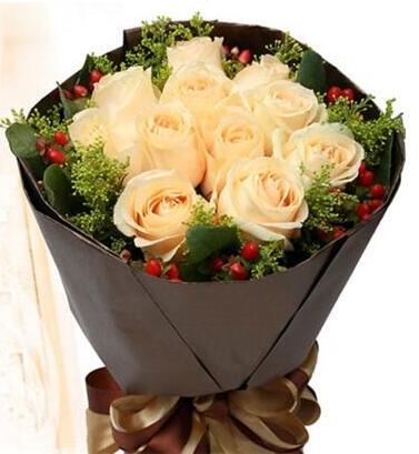 钟爱一生 11朵香槟玫瑰