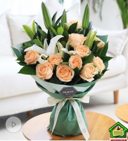 恋恋情深--11枝香槟玫瑰,白百合2枝