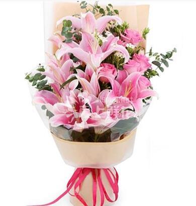 不忘初心 9朵粉色百合 6支粉玫瑰