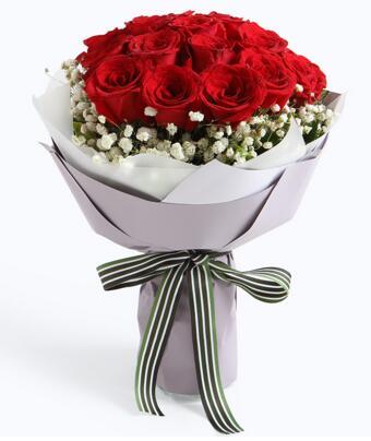 心中只有你----11支精品红玫瑰